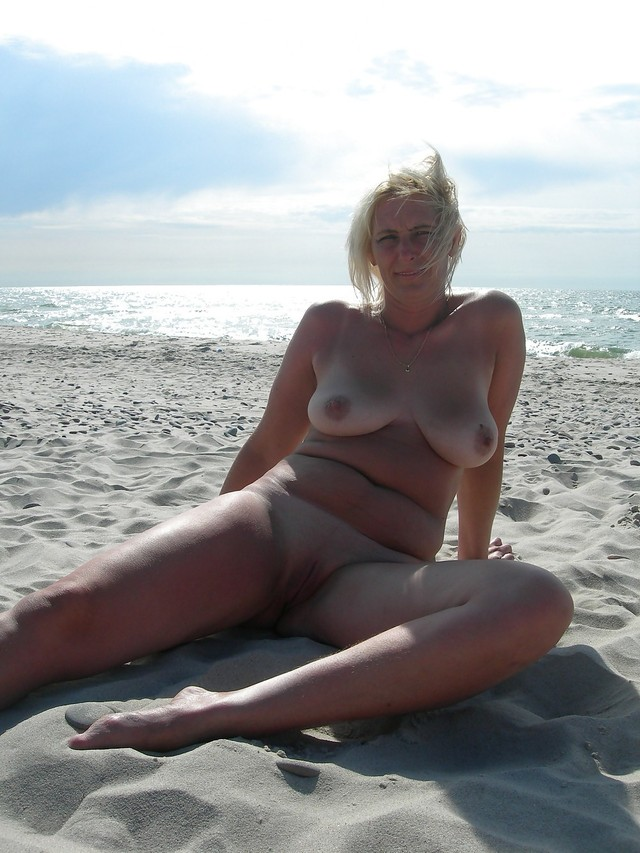mature beach porn pictures porn beach outdoors maturesea