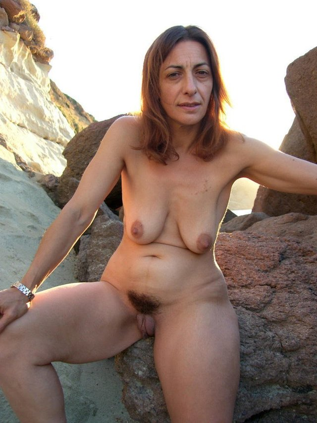 mature beach porn pictures mature pussy nude pics hairy milf beach