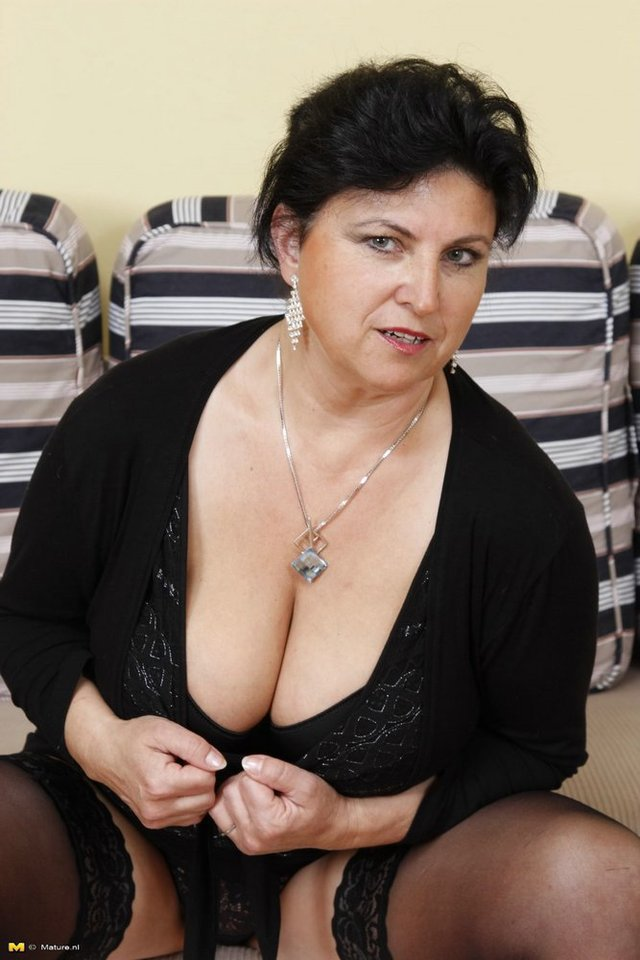mature big breasted porn mature porn hardcore milf pic gallery tube granny cocks breasted takes moms
