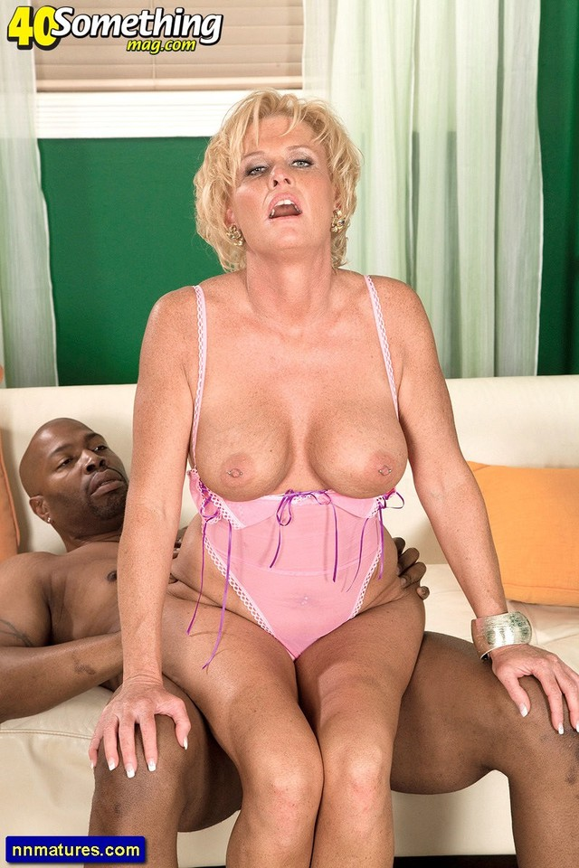 mature blonde porn pics mature ass blonde boobs natural trixie blu