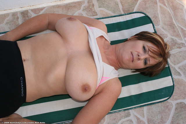 mature breasts porn dfcbb