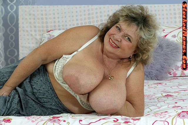 mature breasts porn mature gallery boob