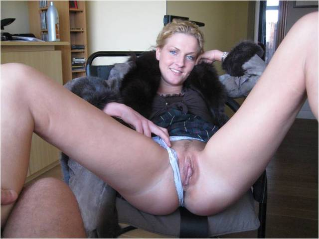 mature chicks pics page
