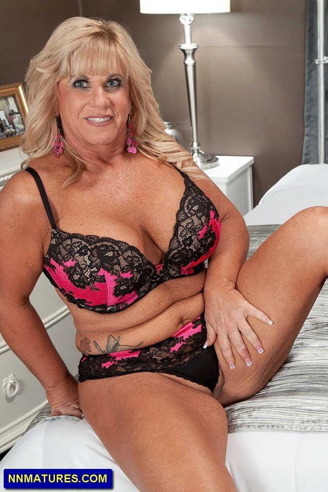 Sorry, that Plus size milf and mature lesbians
