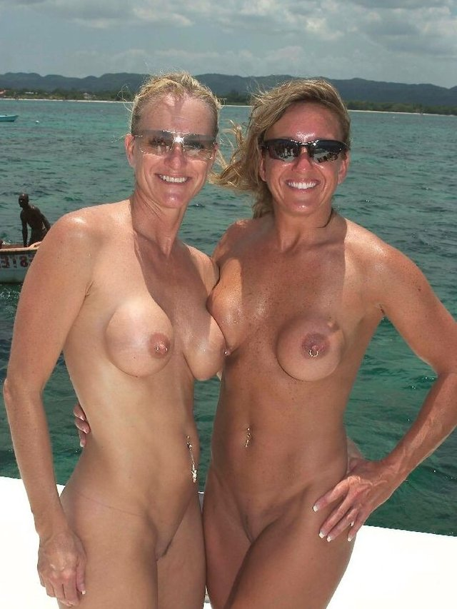 mature females porn mature nude porn pictures free naked galleries hardcore beach voyeur females