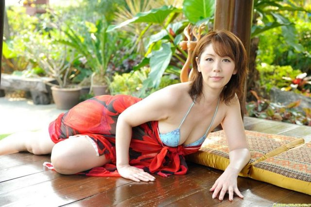 mature girl on girl mature albums picture girl japanese sexy chisato var shoda