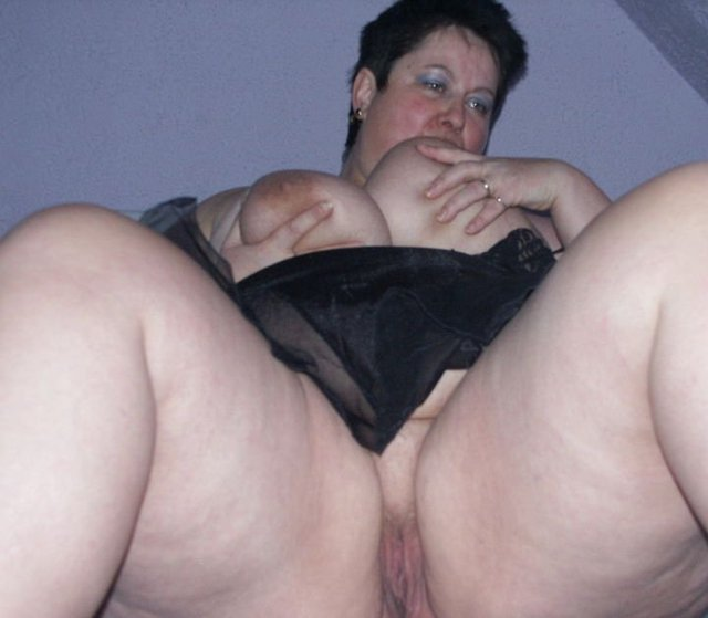 mature goth porn woman galleries hairy fat thick whore fatty gothic