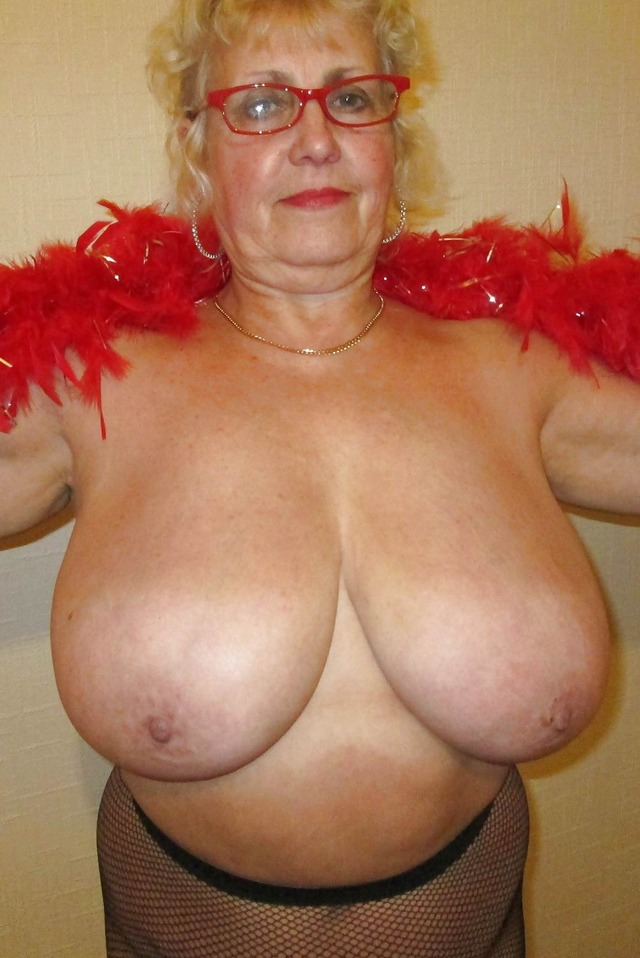 Free granny big boobs