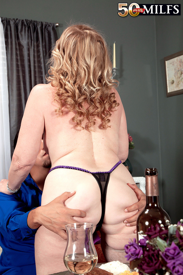 mature granny milf porn mature pics milf blonde granny gets pounded snatch