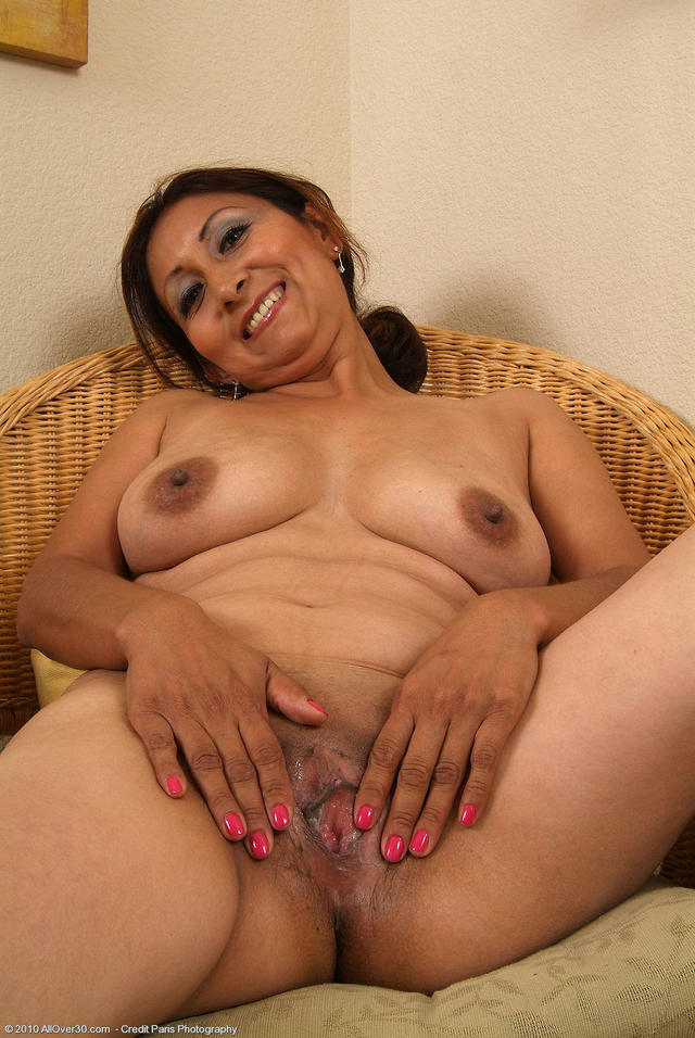 Mature hispanic women pussy seems impossible