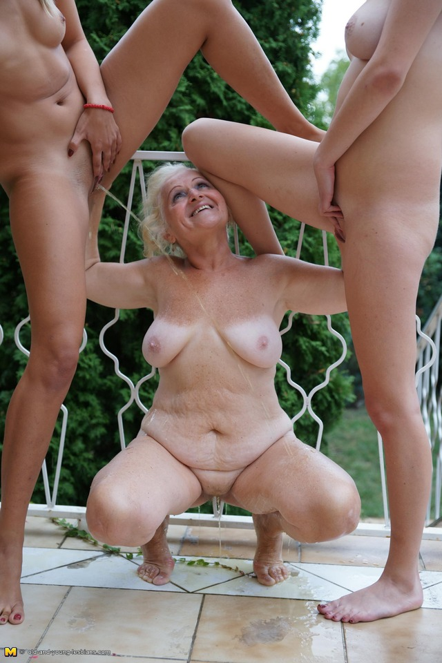 mature lesbian pics pictures free picture track