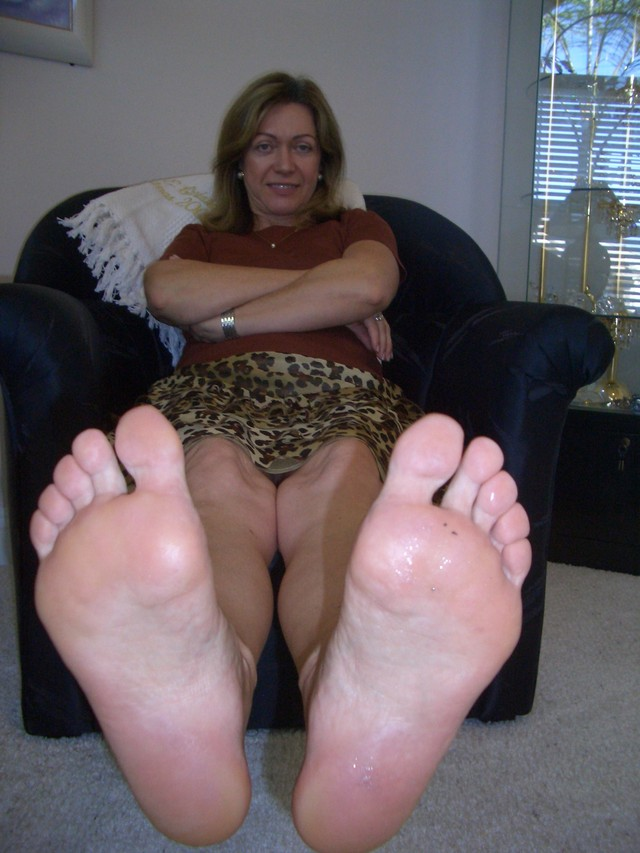 mature m oms mature porn photo feet moms
