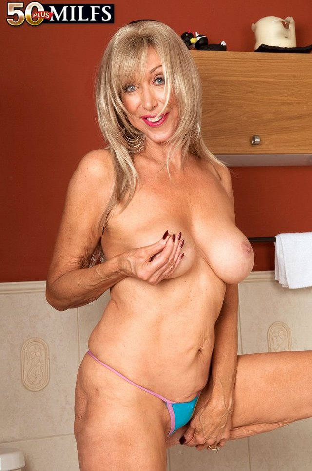 mature mama s mature galleries latina cougar plus mamas christy aged