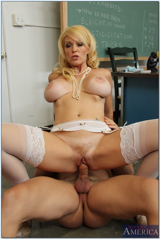 mature milf bank lady mature pictures pics blowjob hardcore busty gets gives shagged chase charlee