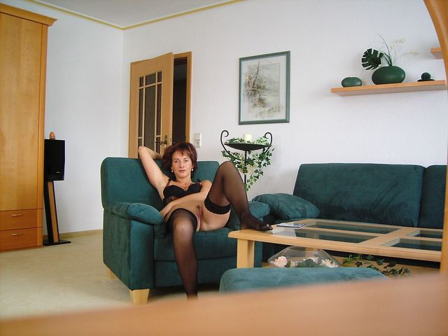 mature milf galleries amateur mature pictures naked galleries milf home hot