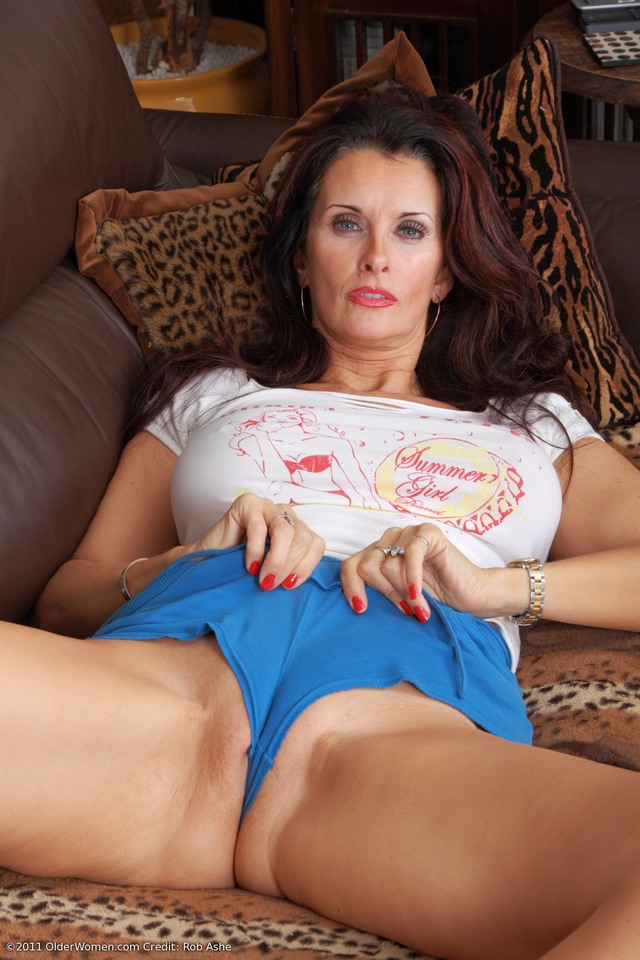 mature milf galleries mature pussy milf large panties plump busty wearing ihm culddrz