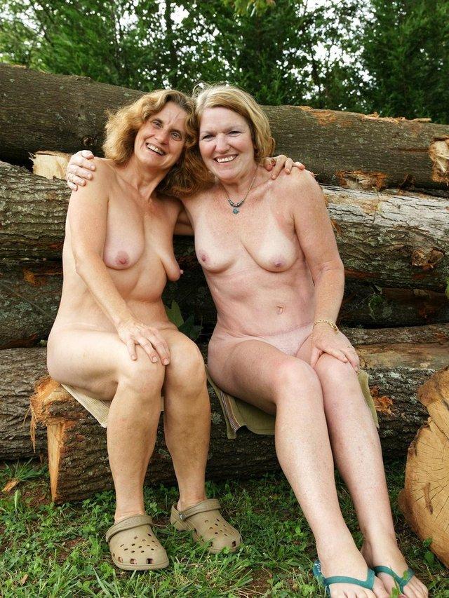 nude mature clips