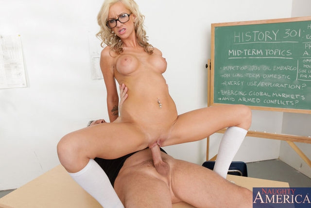 mature milf photo galleries mature media fuck milf wants