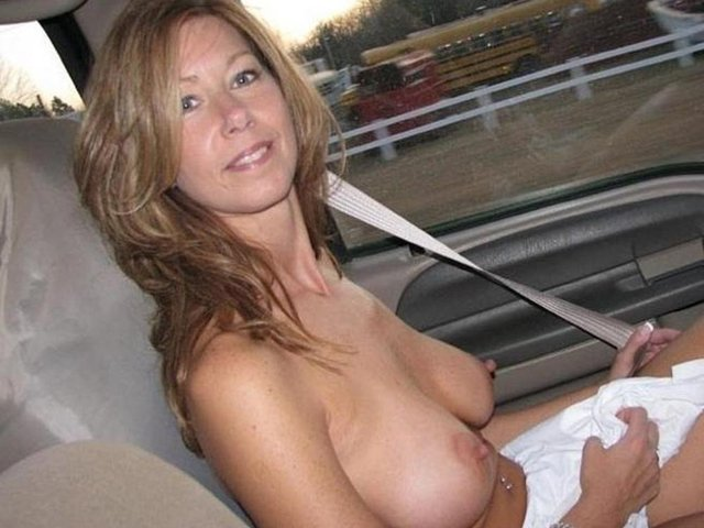 mature milf pic galleries mature galleries milf gallery home movie escort driver ree courses
