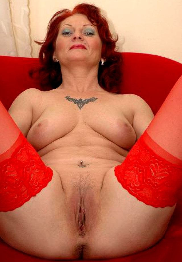 mature milf pussy galleries mature pussy porn mom milf wife photo granny spread wide
