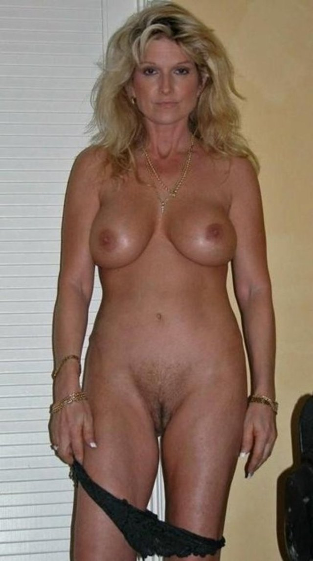 mature milf pussy pics mature pussy media ass hairy milf blonde granny sexy housewife shows naughty pool bare