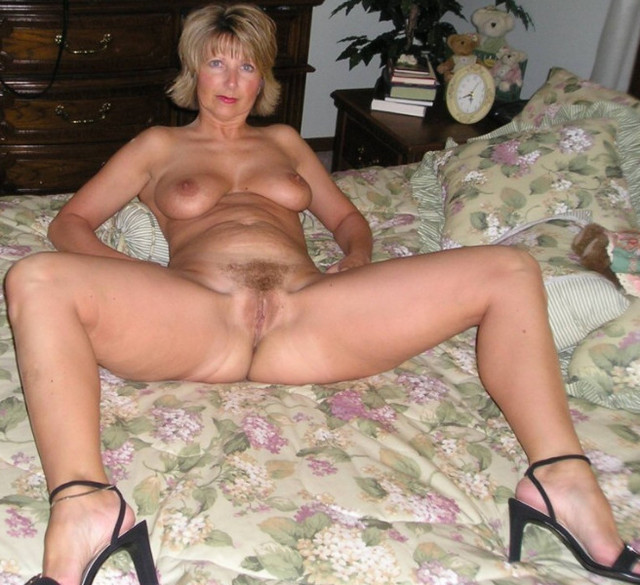 mature milfs photos