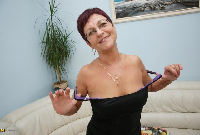 mature mom pic galleries mature porn wife granny ipod horny sexy movie