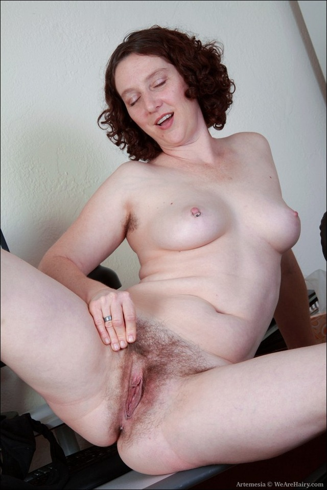 mature mom pussy pussy hairy milf moms artemesia plaidpants