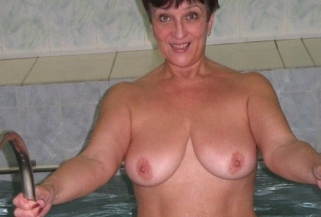 mature moms for sex mature naked movies having boob grannies vig