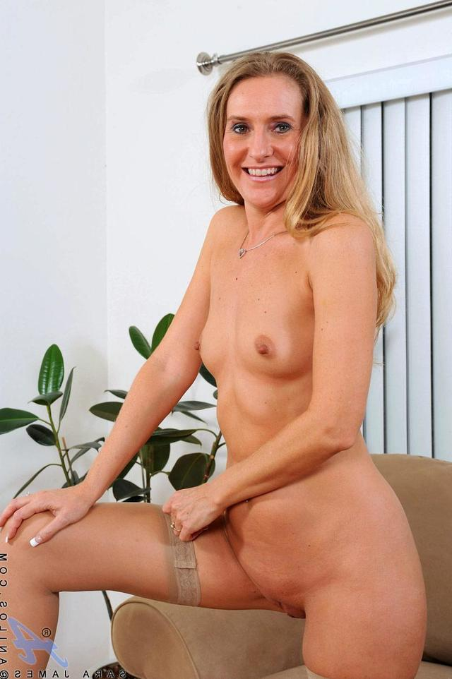 mature moms milf amateur mature milf wife tits panties small moms