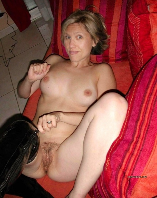 mature moms sex galleries mature pictures old page pussies boobs asses babe flashes