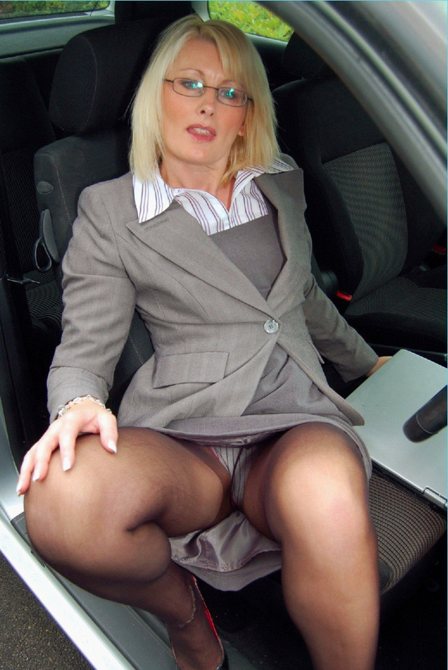 mature moms upskirt pics mature porn pictures high moms quality upskirt