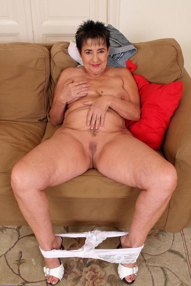 free pics of naked mature women № 320390