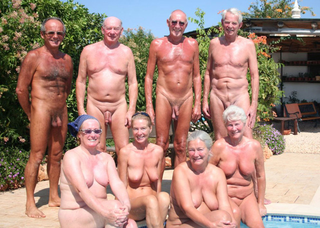 mature nudist pic mature family nudism