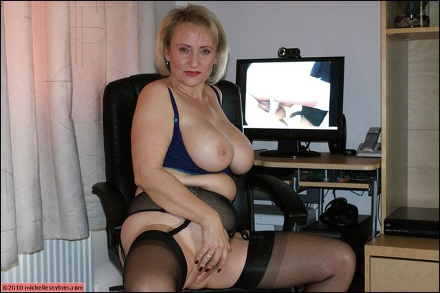mature nylons porn mature porn milf blonde tits stockings horny heels masturbates high office european