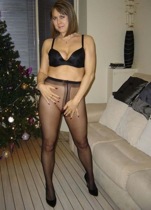 Amateur Home Mature Pantyhose Videos 82