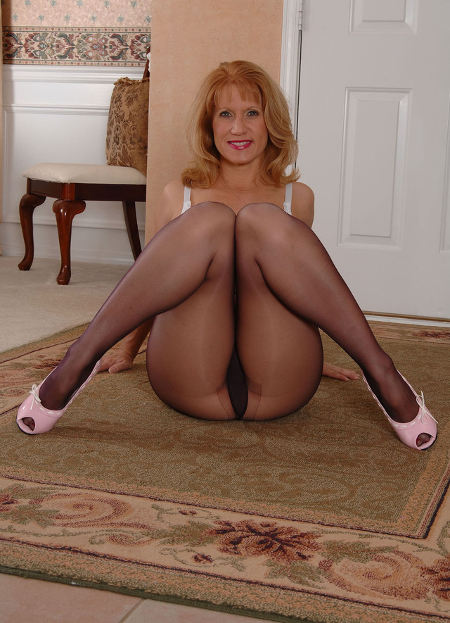 pantyhose hairy older tubes