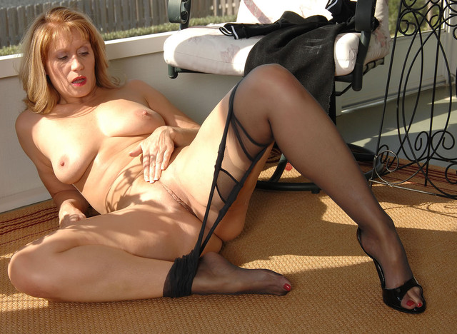 You grew mature fetish pantyhose love