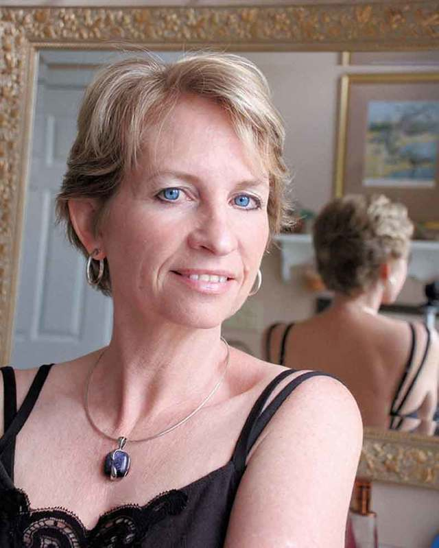 mature pictures gallery short mature women hairstyles