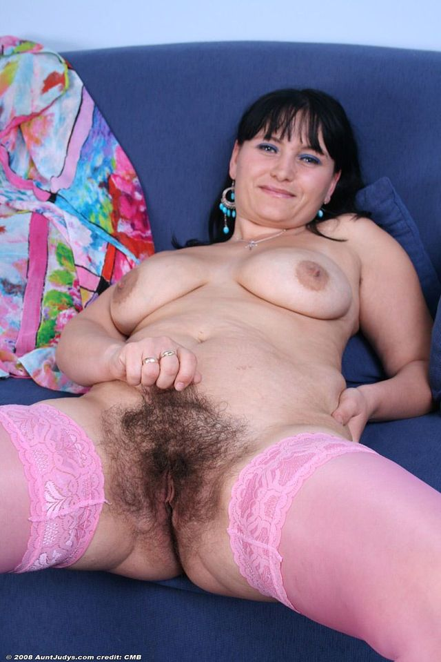 mature porn aunt large gallery aunt viewpic judys agnes security agn