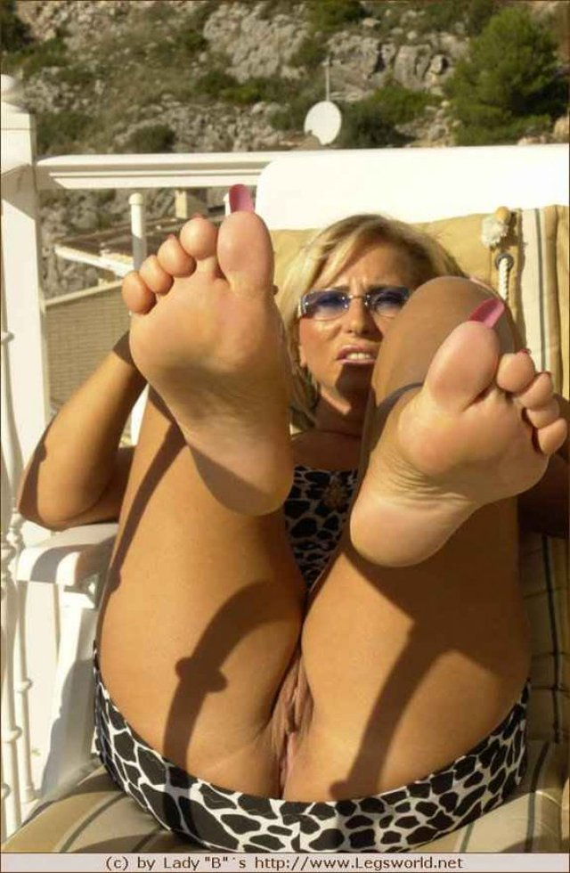 mature porn fetish mature albums photos fetish feet soles foot toes