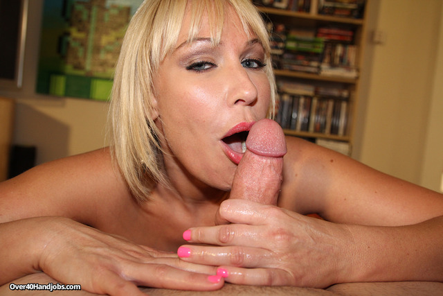 mature porn handjob mature pics blonde housewife gives handjob cash
