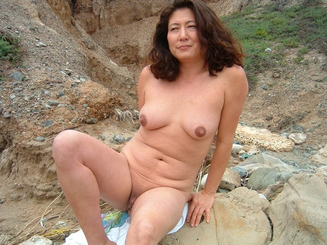 mature porn photo galleries porn beach