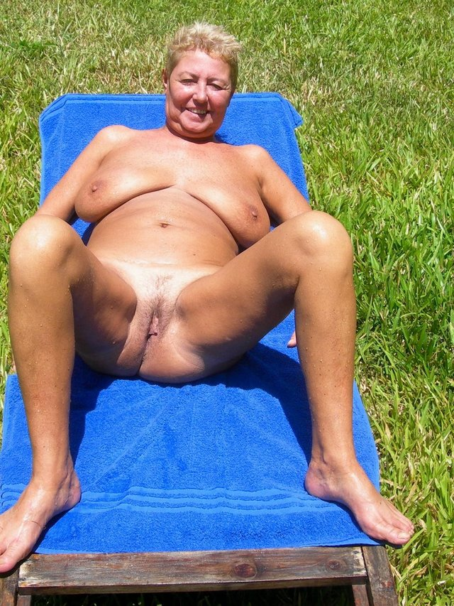 free pics of nude mature women № 316968