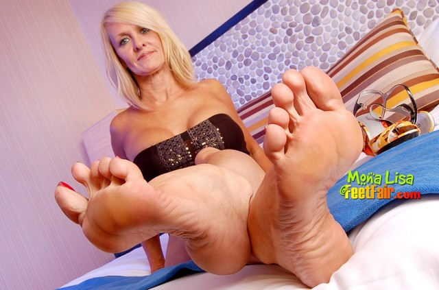mature post porn over foot