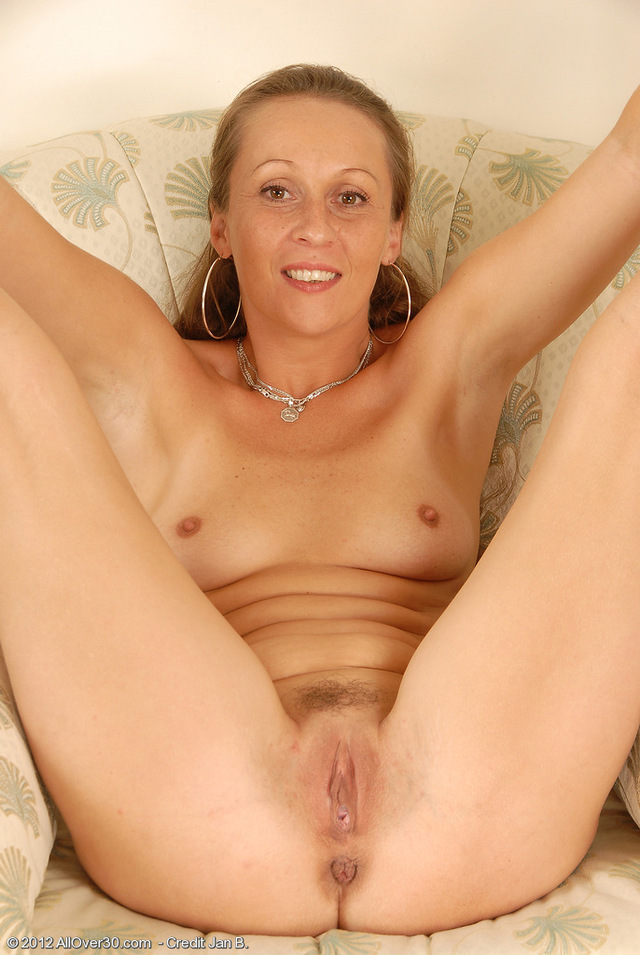 mature pussy images mature pussy porn old milf spreading over all year wide stella