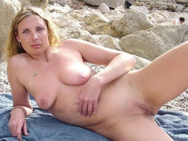 mature pussy licking galleries mature galleries mother lesbian son facesitting nudist resort tampa blackmails