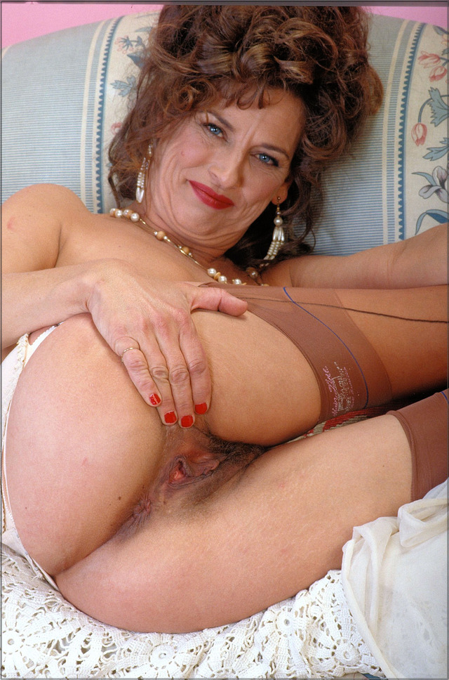 mature pussy pictures mature pussy media
