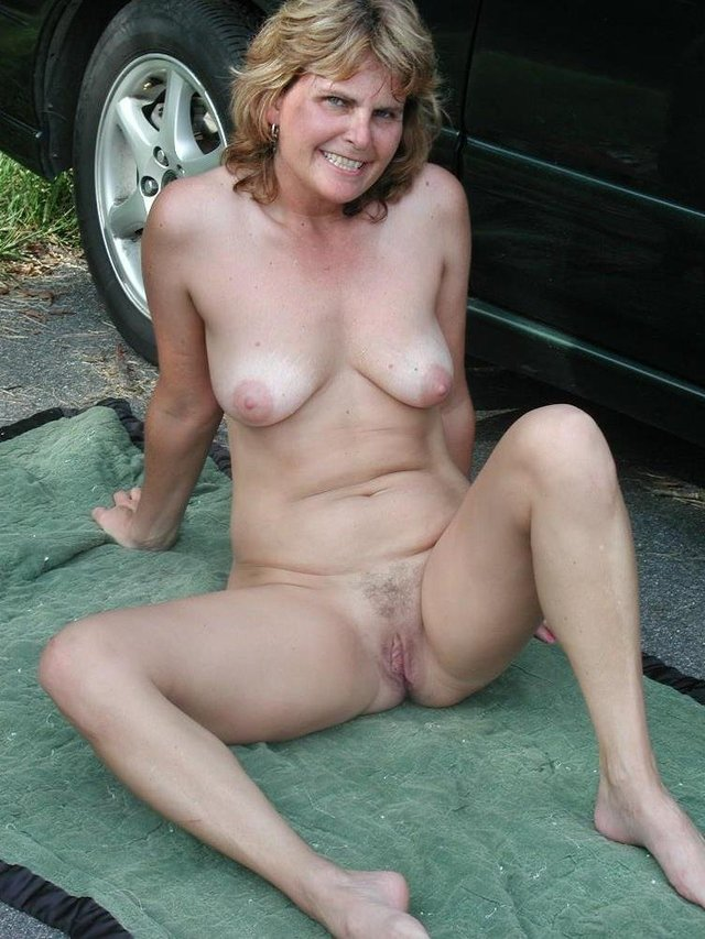 mature red head galleries media photo granny nudist