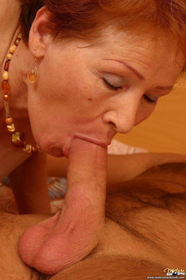 Порно сосут старые